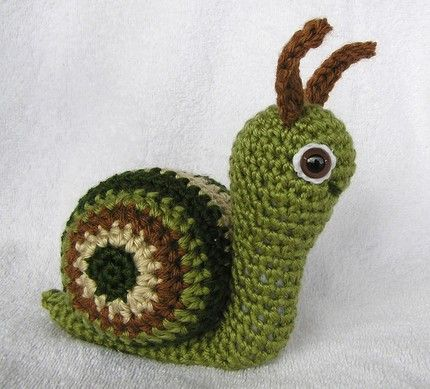 Knitting Pattern For Toy Snail : 17 Best images about Slakken on Pinterest Free pattern ...