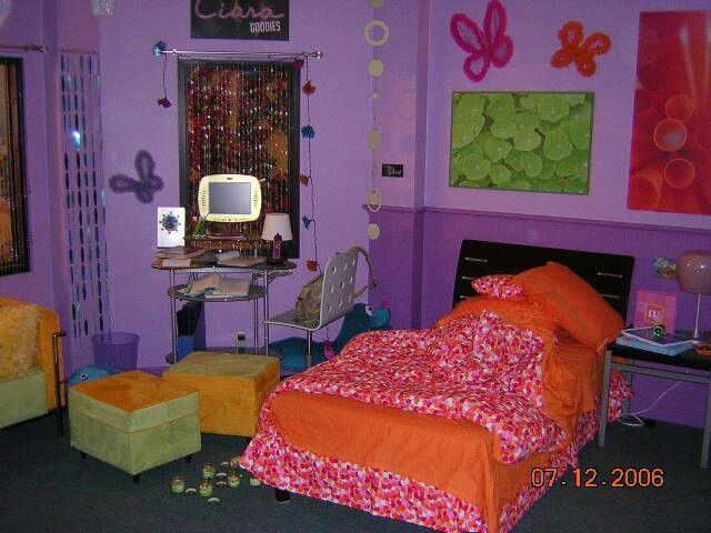 Zoey 101 Dorm Room Part 68