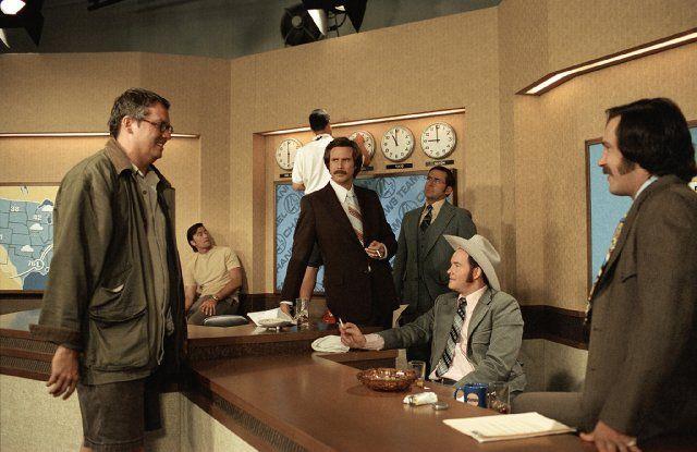 Still of Will Ferrell, Steve Carell, David Koechner, Adam McKay and Paul Rudd in Anchorman: The Legend of Ron Burgundy (2004)