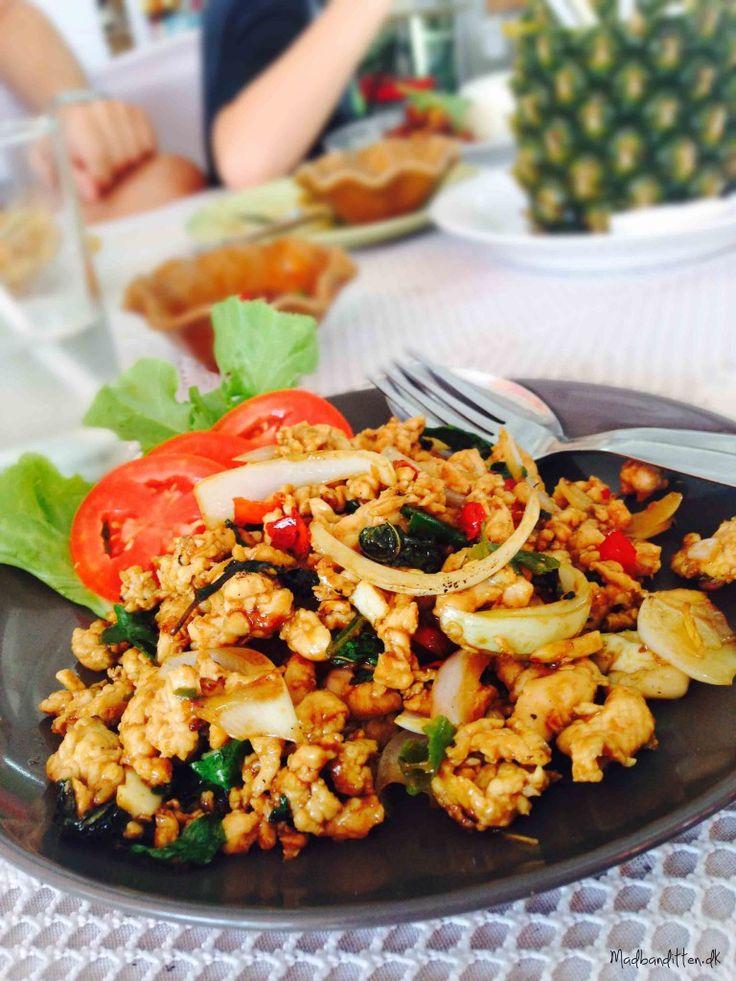 Kylling med chili og thai basilikum