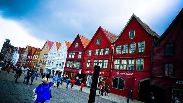 Bergen puerto de pescadores, casas de madera
