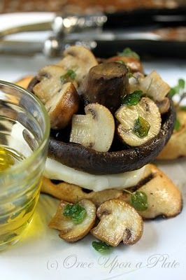 lemon-mushroom-and-mozzarella-toasts with oregano oil drizzle.