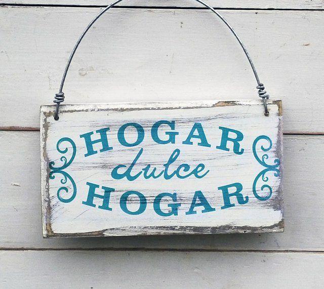 Carteles estilo vintage realizados con madera.  DISEÑO: Hogar dulce hogar  TERMINACIÓN: alambre para colgar  MEDIDAS:10cm x 18cm x 2cm  USOS:para colgar en...