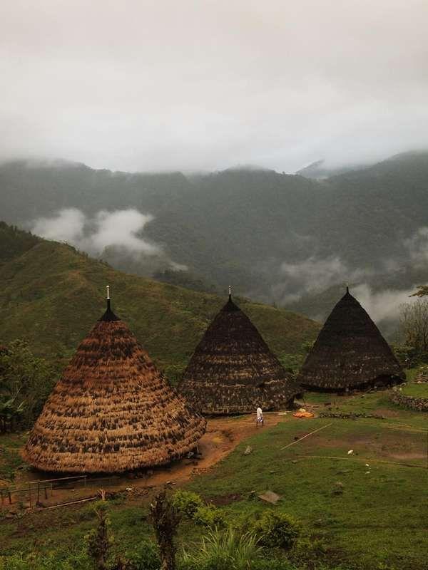 Rumah Suku Sasak, Nusa Tenggara Barat - Indonesia