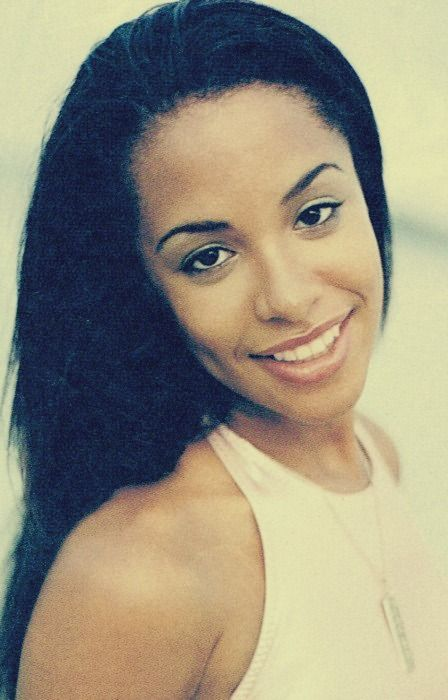 """Aaliyah love this girl the queen of music also loved very much """"I miss you"""""""
