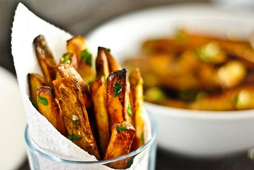 Homemade garlic fries? I think this needs to happen!