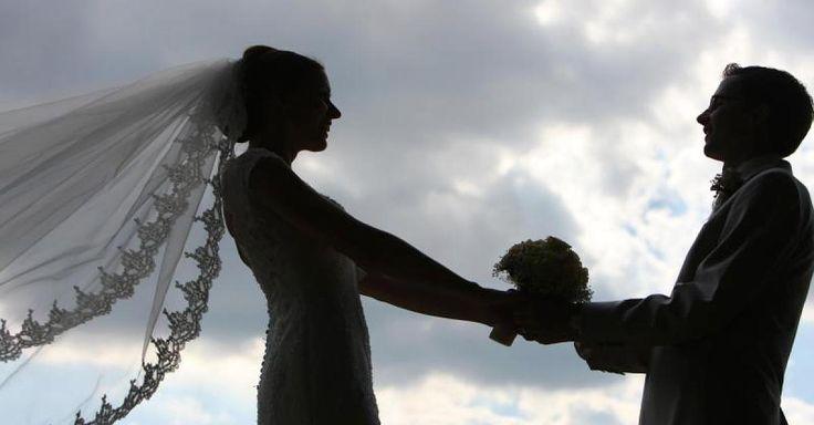 Braut fiel in Ohnmacht Hochzeitsfeier endet in Schlägerei - mindestens fünf ... - FOCUS Online