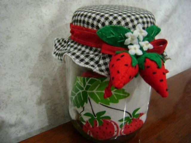 bonecas pintadas com saia de tecido - Pesquisa Google