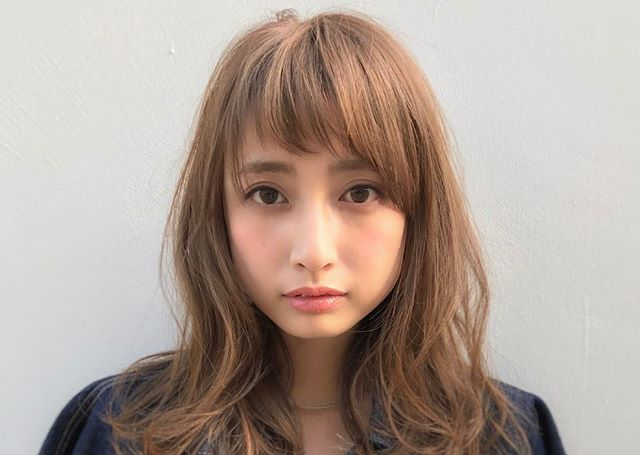 チークの入れ方・塗り方で印象はガラリと変わる!小顔に見せる効果も ... @hikaru027さんの投稿