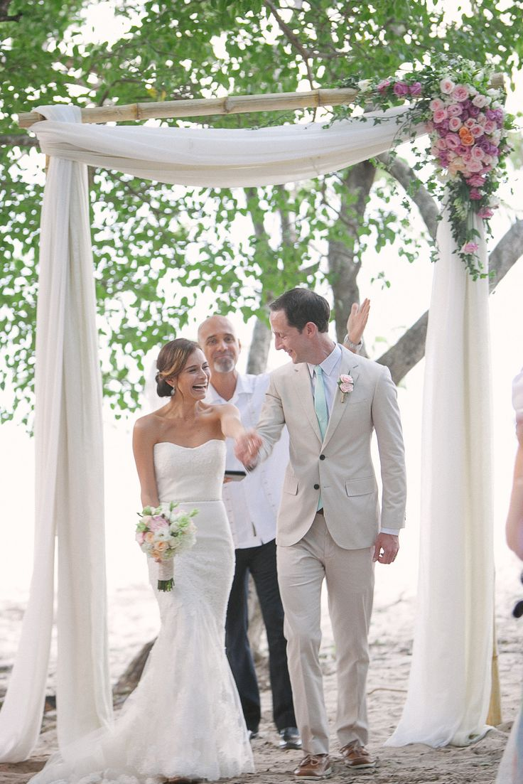 17 Best Ideas About Simple Wedding Arch On Pinterest