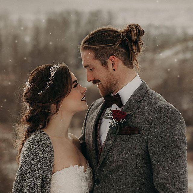 #EWGroom Just another excuse to get a little cozy 📸 : @emilylucasphoto  Hair and Makeup: @meilibeauty.ca  Suit: @ewmenswear   Jewelry: @joannabisleydesigns   Boutonierre: @brilliant_blooms   Gown: @thebridalexperienceboutique   Planning and Styling: @whimsicalwestphotography and @emilylucasphoto .    #Regram via @ewmenswear