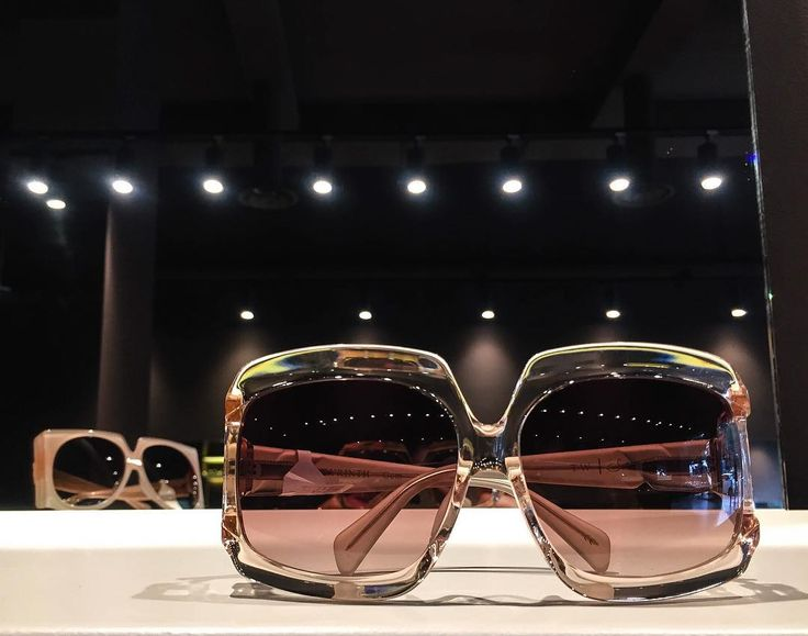 SPECTACLE WildSide is in Town.  Sama Eyewear designer @sheilasvance takes a Walk on the Wildside. #amazingcollection @samaeyewear #inesclusiva #preview #Design #sunglasses #occhialidasole #VialeAfrica36 @spectacle36 #IsOpen #Catania #BestShopEver #CDD #Innovazione #passione @angiolucciocchiali