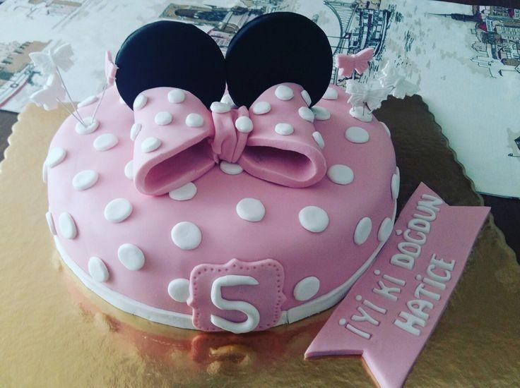 #minniemouse #cakedesign #birthdaygirl #pink #black #partyideas