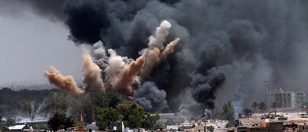 August - Krieg gegen den IS in Lybien :Gefährlich Nähe: US-Militär greift IS in Libyen an: Das vergessene Land vor Europa versinkt in Gewalt