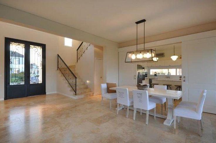 living: Livings de estilo clásico por Parrado Arquitectura