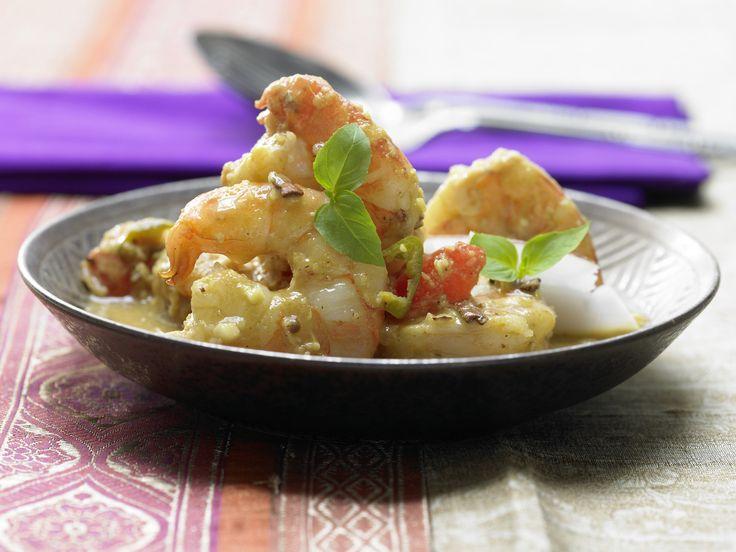 Goa-Garnelen-Topf mit geröstetem Kokos und Koriander | Kalorien: 342 Kcal - Zeit: 1 Std. | http://eatsmarter.de/rezepte/goa-garnelen-topf