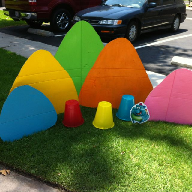 Candyland Party- Gumdrop Mountains ...can use cardboard for distant mountains