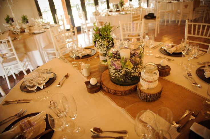 Dilightful Flowers and Ruby Moon Decor - Toadbury Hall - Guest table arrangement