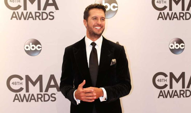 Luke Bryan hints at a new album for 2015! http://www.countryoutfitter.com/style/luke-bryan-new-album/?lhb=style