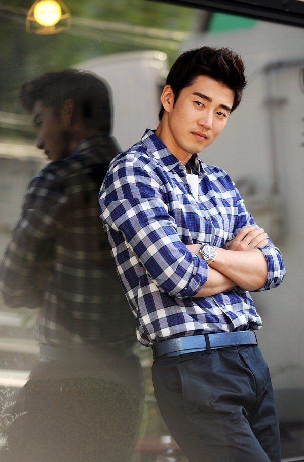 Yoon Kye-sang (윤계상) - Picture @ HanCinema :: The Korean Movie and Drama Database
