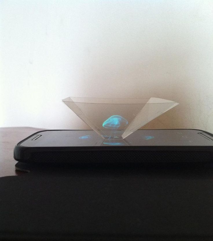 Amazing 3D Projection Pyramid in 10 min from Clear Plastic Sheet ! b