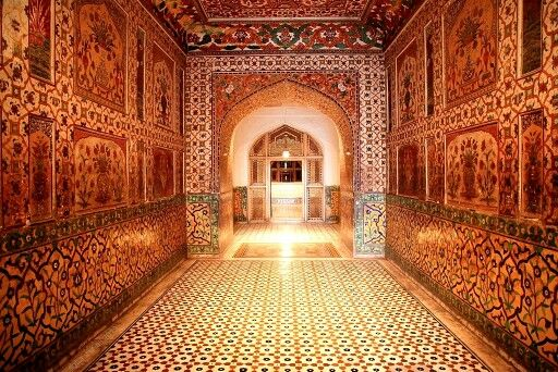 King Jahangir tomb/grave,Lahore