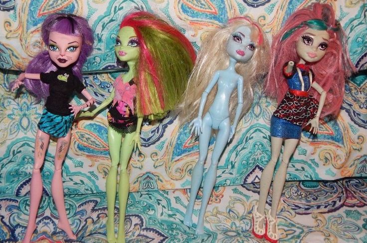 Monster High Doll Venus Fly Trap Laguna Blue And More Doll Lot 4 PC #MGA