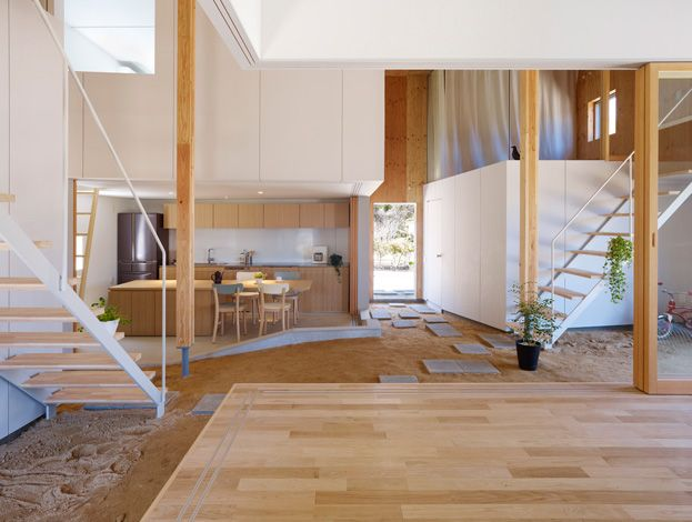 Located in Hiroshima, Japan, this house has quite the minimalist and modern exterior, but head inside and the you'll discover a traditional tamped earth floor.