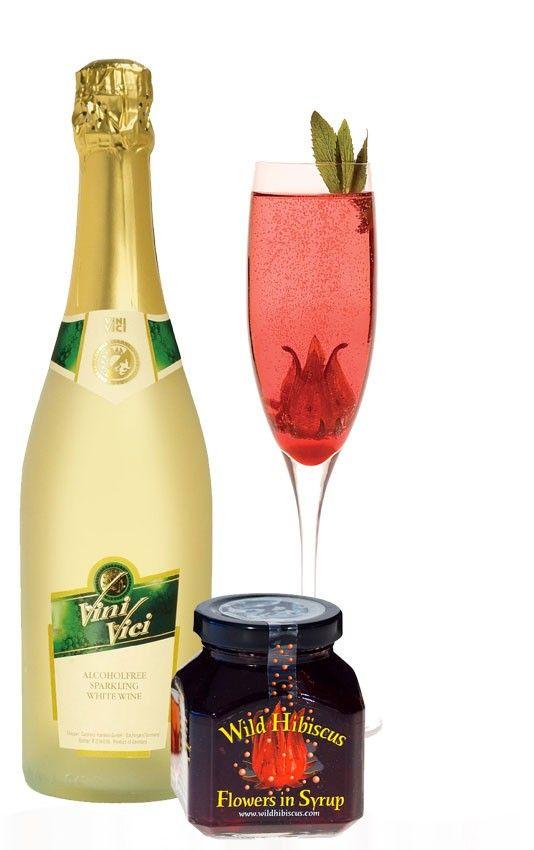 Alcohol vrije champagne met Wild Hibiscus bloemen