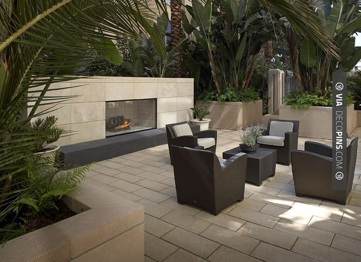 So neat! - californian   CHECK OUT MORE FIREPLACE IDEAS AT DECOPINS.COM   #fireplace #fireplace #hearth #fireplaces #brickfireplace #firepit #fire #firewood #indoorfireplace #outdoorfireplace
