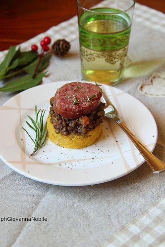 Cotechino con lenticchie e polenta, sul mio blog, la cuoca eclettica, la ricetta