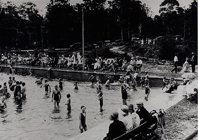 Opening day of Eastwood swimming baths, Vimiera Road Eastwood, 24 January 1931