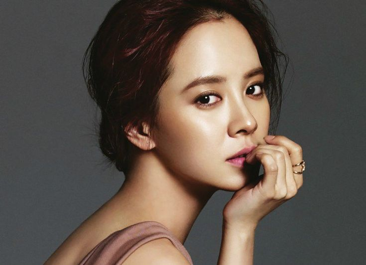 Song Ji Hyo Will Be Separating from C-JeS Entertainment | Koogle TV