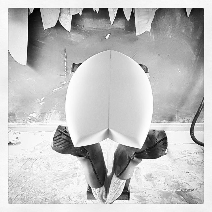 First Fish of 2017  #visionary #custommade #retro #fish #fishsurfboard #surfboard #madetoorder #shaper #shaping #shapingbay http://ift.tt/19MEsb6 http://ift.tt/1v0LElc