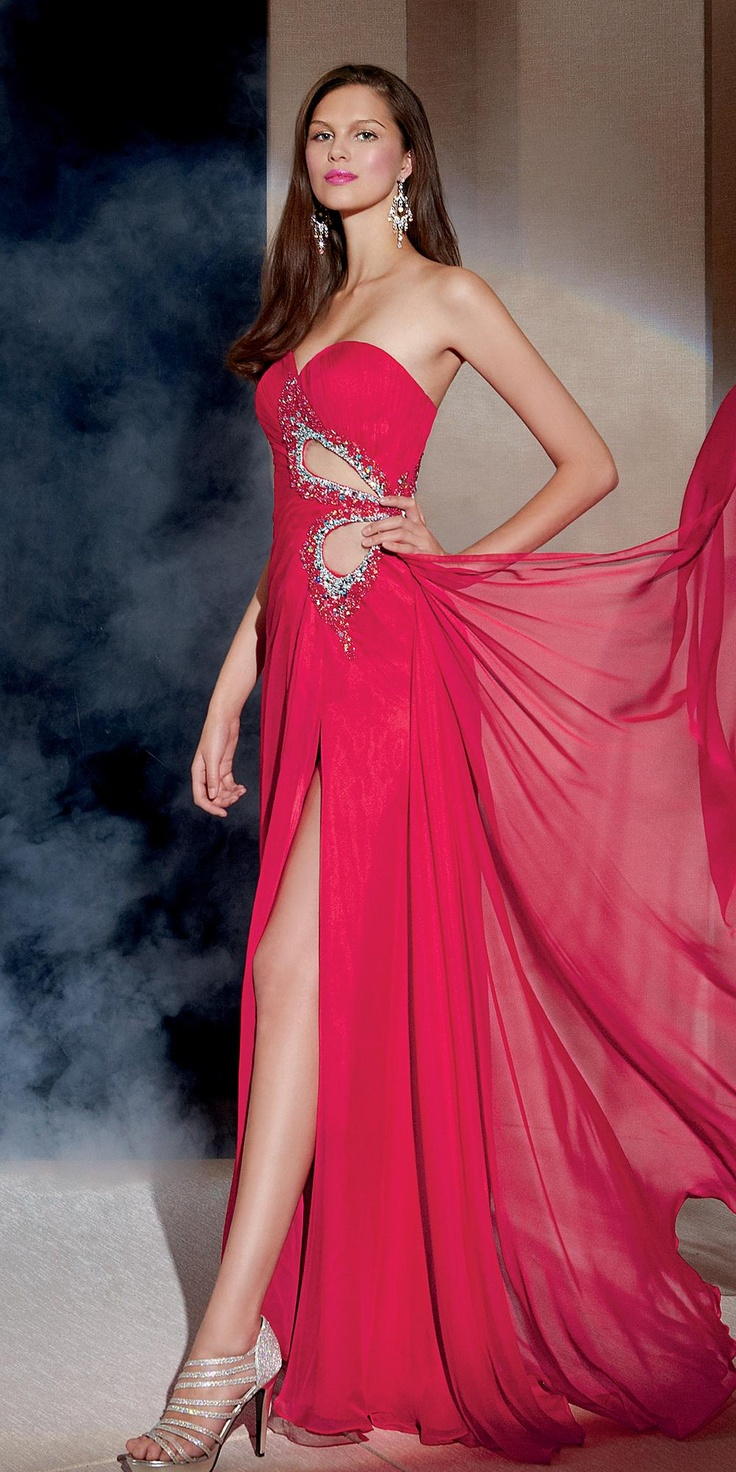 Cutout Crazy In This Sweetheart Neckline Chiffon Long Gown