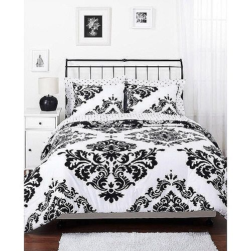 Classic Noir Reversible Bedding Comforter Set from Walmart, nice and inexpensive