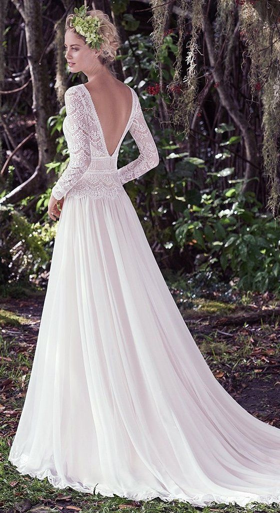 FAVORITE SLEEVED WEDDING DRESSES - Try this lovely little boho wedding dress for your outdoor wedding. Deirdre by Maggie Sottero @maggiesottero