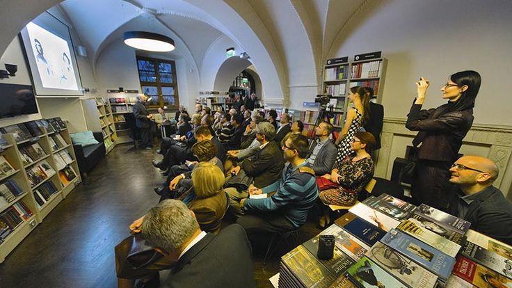 Wykład ks. prof. Michała Hellera, De Revolutionibus. Books