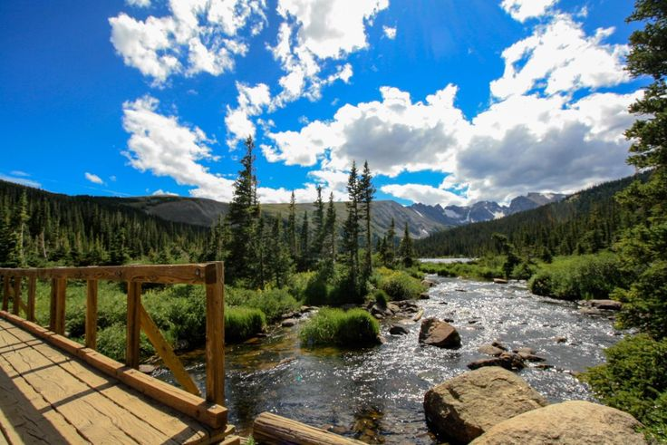 Backwoods of Arapaho National Forest: Indian Peaks trail