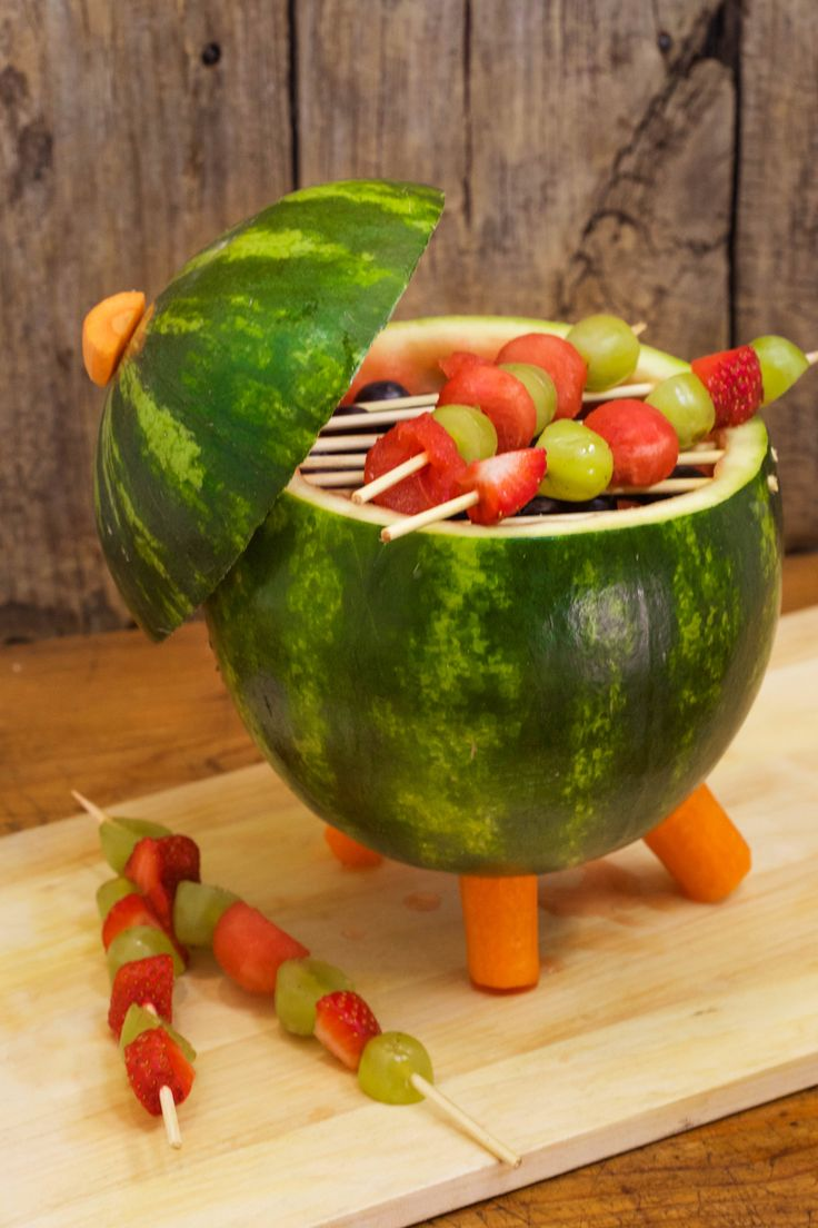 How to carve a watermelon into a mini grill centerpiece!