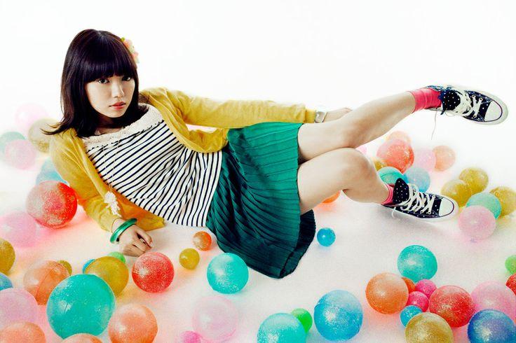 Mika Ninagawa x Fumi Nikaido | earth music & ecology アースミュージック&エコロジー / クロスカンパニー