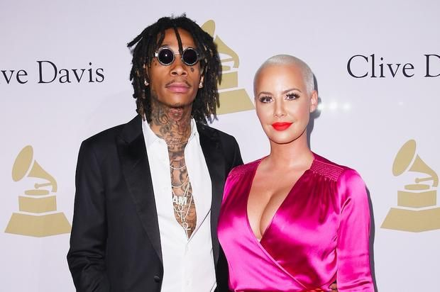 "Wiz Khalifa & Amber Rose Don ""Suicide Squad"" Costumes For Son Bash's Birthday Bash turned 5 this week.https://www.hotnewhiphop.com/wiz-khalifa-and-amber-rose-don-suicide-squad-costumes-for-son-bashs-birthday-news.44566.html Go ... https://drwong.live/article/wiz-khalifa-and-amber-rose-don-suicide-squad-costumes-for-son-bashs-birthday-news-44566-html/"