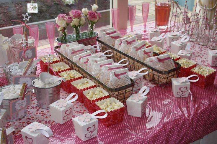 Snoeptafel voor eerste communie snoeptafel snoep buffet candy table candy buffet pinterest - Decoratie tafel basse ...