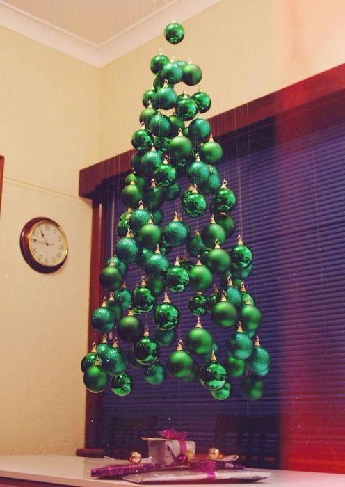 Impressive Christmas Trees Made by Hand - A Hand Made, Home Made Solution