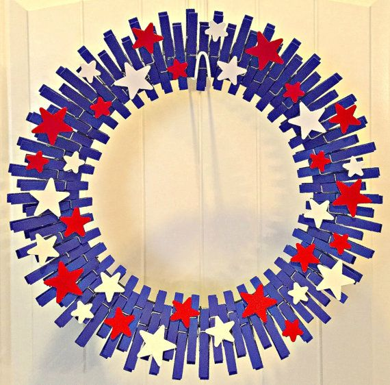 This beautiful Clothespin Wreath comes in at 16 in diameter and is a fantastic compliment to your Patriotic wreath or the American Flag Wreath I Looks like 83 clothes pins very cool wreath