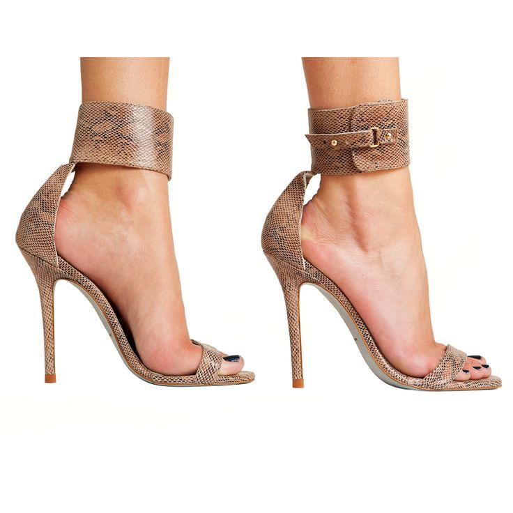Sandalias de tacón Adriana piel de víbora verde MAS34 http://www.mas34shop.com/tienda/adriana-piel-vibora-verde/