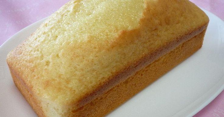 サラダ油30gでしっとりふんわりしたケーキが出来上がりました。ワンボールで簡単&アレンジ可能。贈り物の定番レシピです!