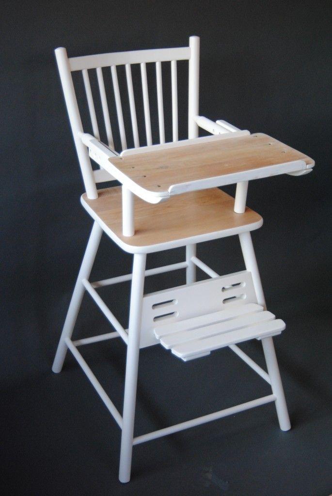Kinderstoel - wit / hout?