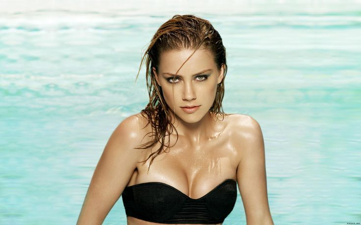 Amber Heard Wallpaper and Photos Free Download Beautiful Amber Heard Latest HD images & Pictures for Desktop Wallpapers. Free Download Amber Heard 2017 1080p Photos for Wide Backgrounds. We surfed all over cyber world daily & upload a lot of images in every post where you can save image and set on your screen.   #AmberHeardActressWallpaper #AmberHeardHDImages #AmberHeardWallpaper