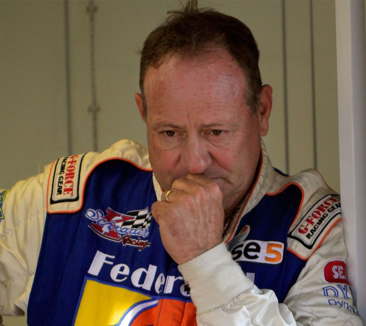 We discuss the sport with the legendary Ken Schrader, an experienced racer who spans a wide range of skills.